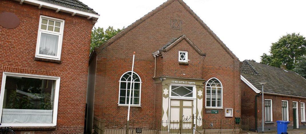 't Praothuusken met Hugo Kuiper over de Aaltense Synagoge